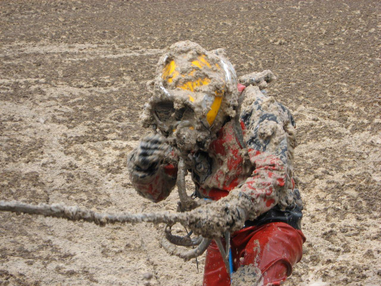 Contamination Diver